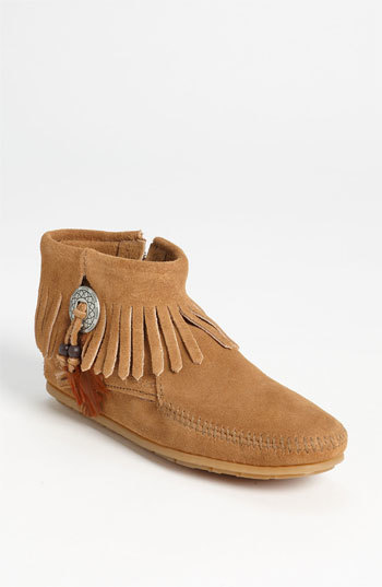 Minnetonka 'Concho Feather' Moccasin