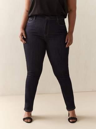 Universal Fit, Tall, Straight Leg Jean - d/c JEANS