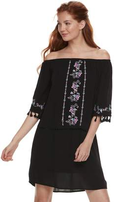 Love, Fire Love Fire Juniors' Embroidered Off-The-Shoulder Shift Dress