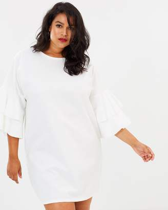 Curve Frill Sleeve Shift Dress