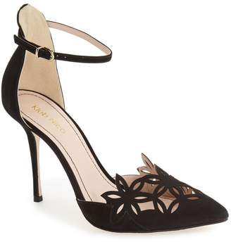 Klub Nico 'Romea' Pointy Toe Pump