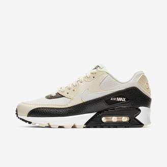 Nike Sportswear Women's Shoe 90