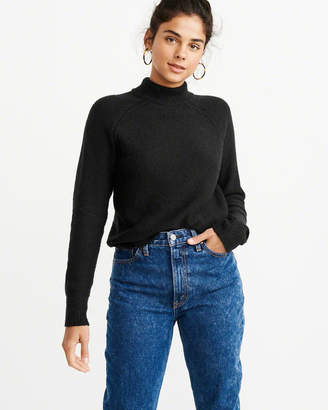 Abercrombie & Fitch The A&F Essential Turtleneck