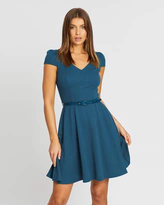 Review Toria Dress