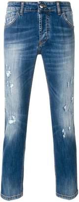 Entre Amis distressed jeans