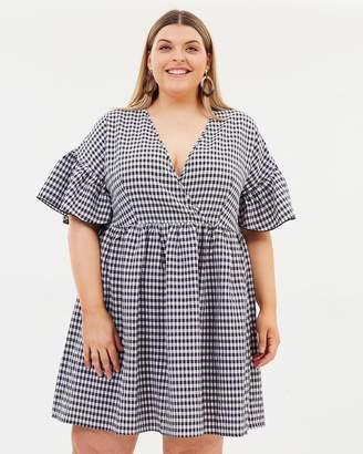 ICONIC EXCLUSIVE - Jessie Smock Dress