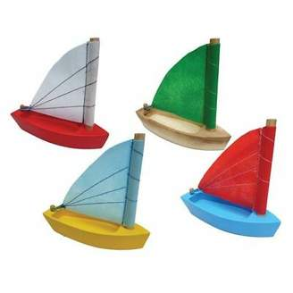 NEW QToys Wooden Sailing Boat (Set of 8)