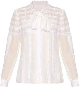 6d1c57c23c864 Oscar de la Renta Long Sleeved Lace Trimmed Silk Blouse - Womens - White