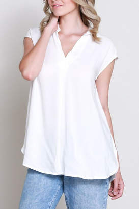 Wishlist Sleeveless Vfront Shirt