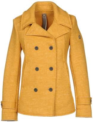 Swiss-Chriss Coats
