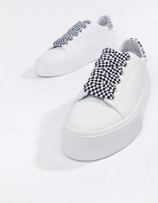 Pull&Bear check lace up flatform trainer in white