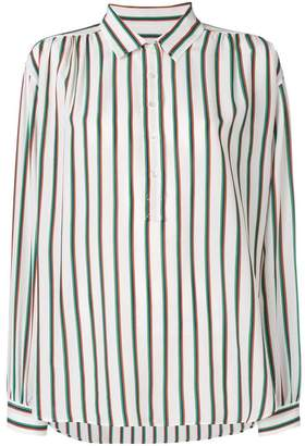 Closed vertical striped shirt