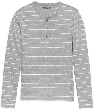 Banana Republic Vintage 100% Cotton Henley T-Shirt