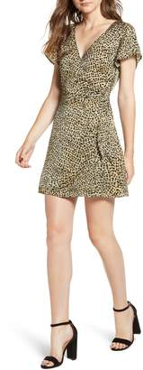 Cupcakes And Cashmere Lenna Leopard Print Dress