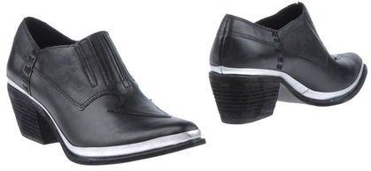 Theyskens' Theory Shoe boots
