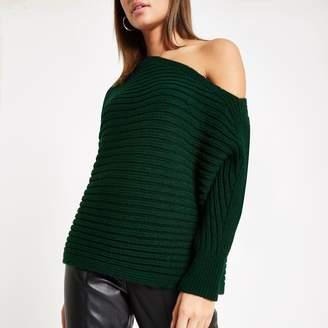 47ae5228b00005 River Island Womens Dark Green asymmetric knit jumper