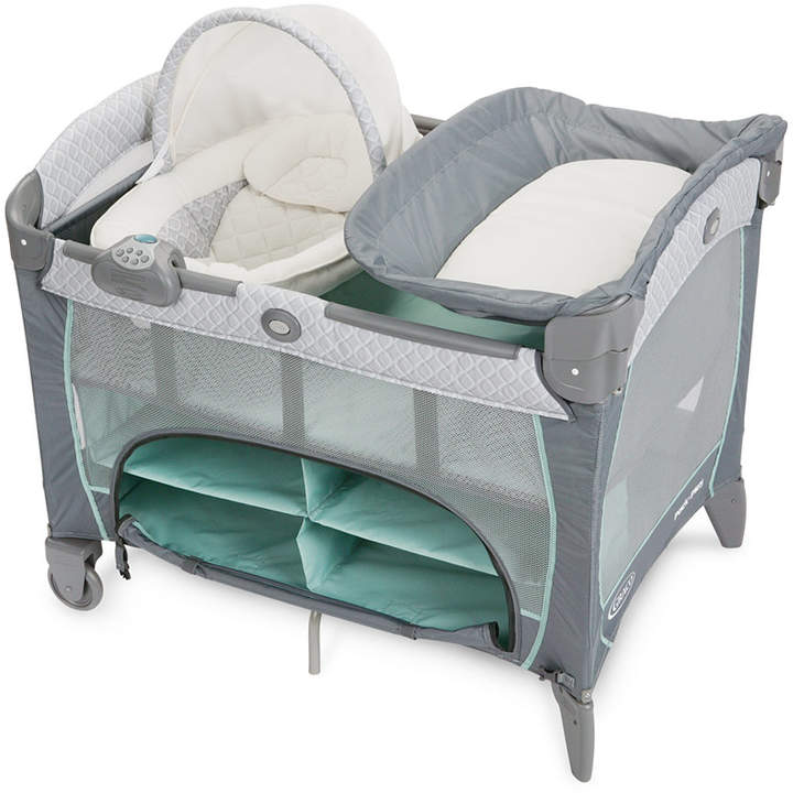 Graco Pack 'n Play Playard with Newborn Napper Dlx