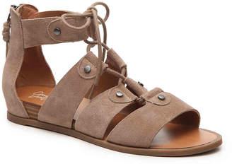 Crown Vintage Aliaa Wedge Sandal - Women's
