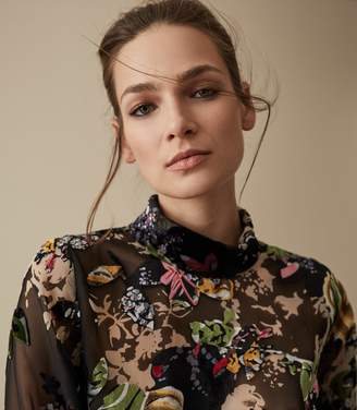 Reiss Our last order date for Christmas has now passed TORI FLORAL BURNOUT BLOUSE Multi
