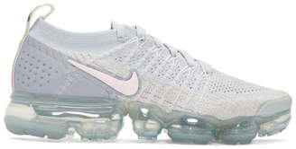 Nike White and Pink Air Vapormax Flyknit 2 Sneakers