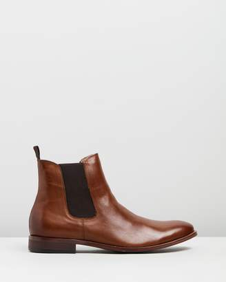 Range Leather Gusset Boots