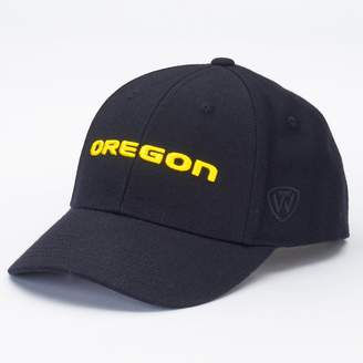 Top of the World Adult Oregon Ducks Premium Collection One-Fit Cap