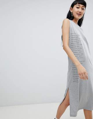 Asos Design DESIGN sleeveless midi dress with city slogan