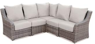 Laurel Foundry Modern Farmhouse Valentin Sectional Sofa with Cushions