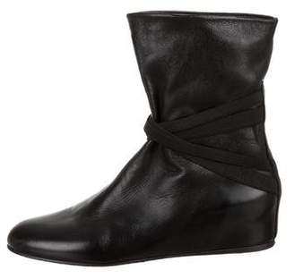 Stuart Weitzman Leather Round-Toe Boots