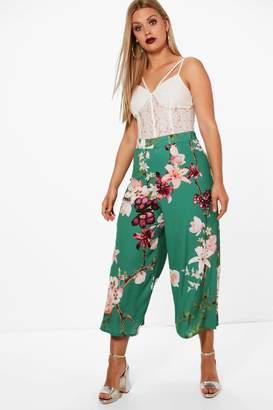 boohoo Plus Oriental Floral Print Woven Trouser