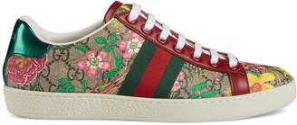 Gucci Women's Ace GG Flora sneaker