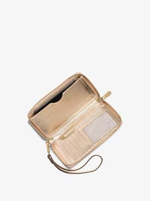MICHAEL Michael Kors Jet Set Travel Large Metallic Leather Smartphone Wristlet