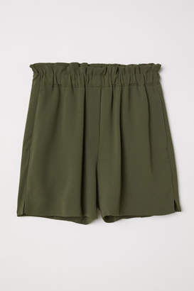 H&M Pull-on Shorts - Green