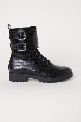 H&M Crocodile-patterned Boots - Black