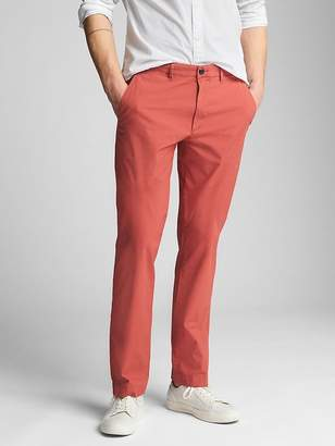 Gap Wearlight Khakis in Straight Fit with GapFlex