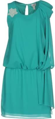 Casting Short dresses - Item 34810868