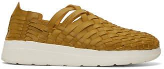 BEIGE Malibu Sandals Arroyo Sneakers