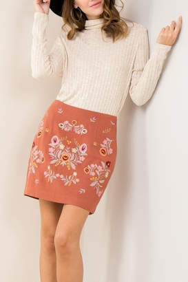 Entro Embroidery Trend skirt