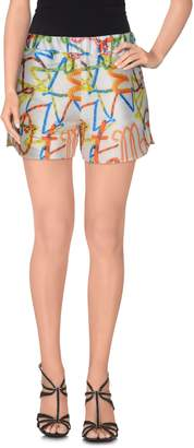 Leitmotiv Shorts