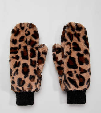 My Accessories leopard super soft faux fur mittens