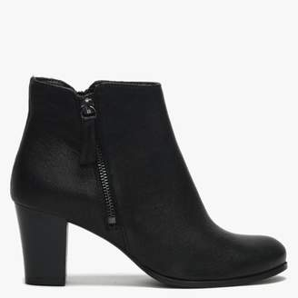 Womens > Shoes > Boots