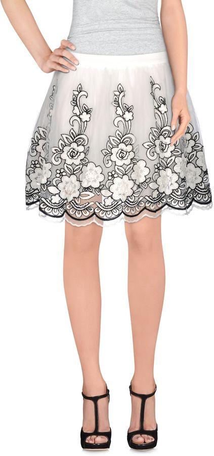 Andrea MorandoANDREA MORANDO Knee length skirts