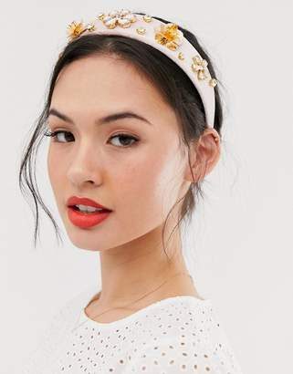 New Look flower embellished headband in pink