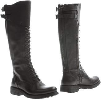 Manila Grace Boots