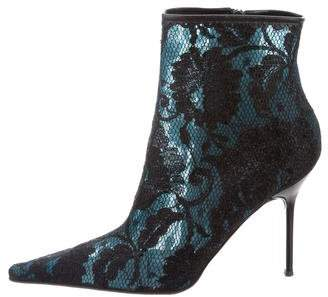 Vicini Lace Pointed-Toe Ankle Boots