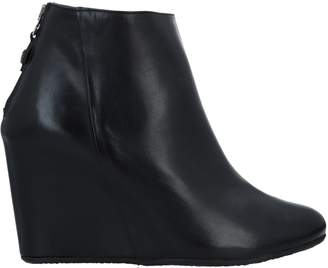 Pedro Miralles Ankle boots - Item 11624359FS