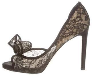 2b7e3a1ae82 Pre-Owned at TheRealReal · Valentino Bow-Accented Lace Pumps