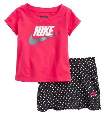 Nike Futrra Graphic Tee & Scooter Skirt Set