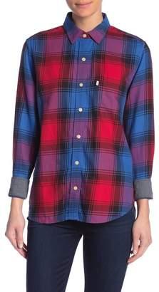 Levi's Ultimate Boyfriend Plaid Button Down Shirt