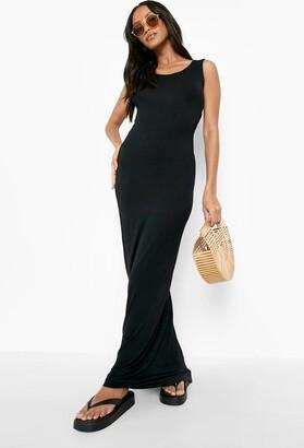 boohoo Petite Sandy Scoop Neck Maxi Dress